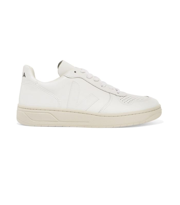 8b066595e4 15 Pairs of All-White Summer Sneakers | Who What Wear