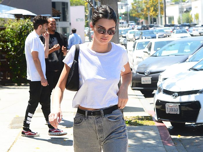 6d8916936cc8 Kendall Jenner Is Making This '90s Hobo Bags Popular Again | Who ...