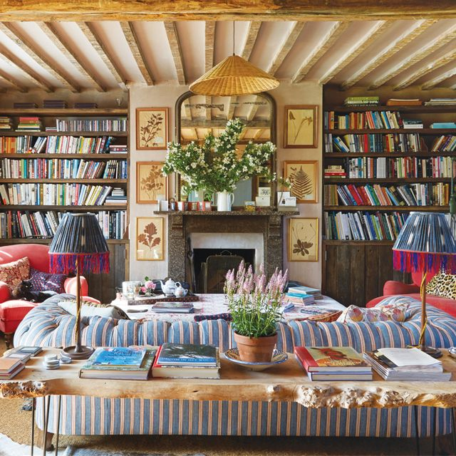How to Get the English Countryside Décor Look (Even in the Heart of the City)