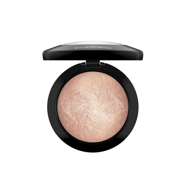 MAC Mineralize Skinfinish - Gold Deposit