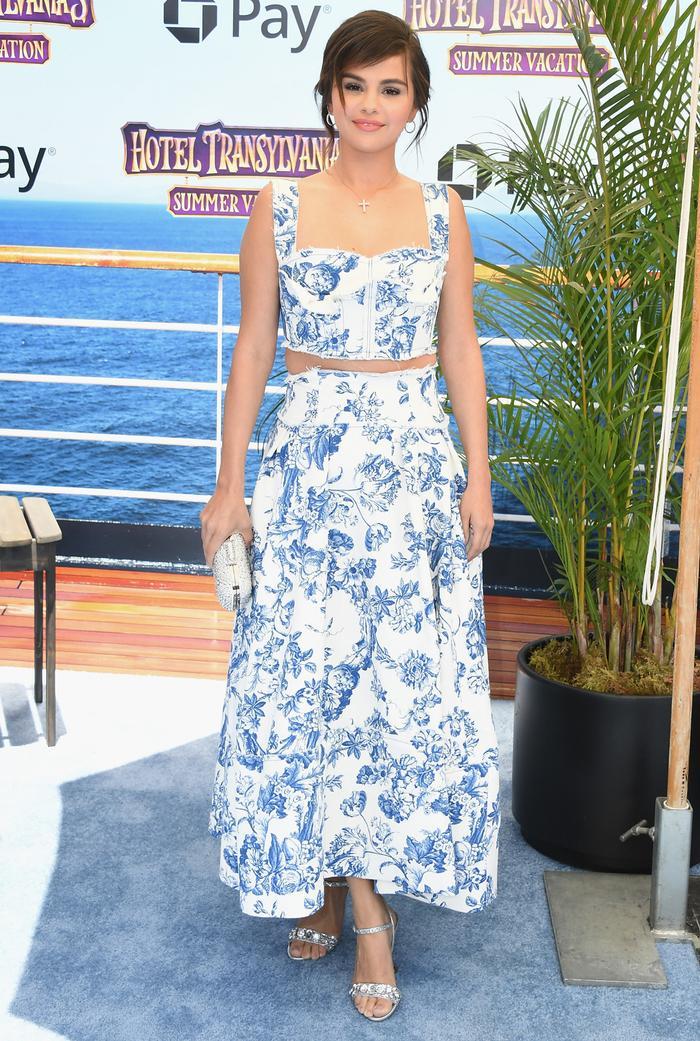 Selena Gomez Wore Meghan Markle S Prettiest Dress Who