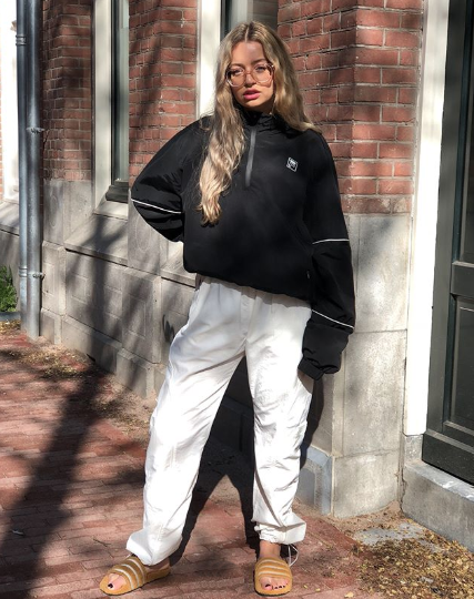 707c775e56fad Found: Cool Fila Outfits to Copy Now | Who What Wear