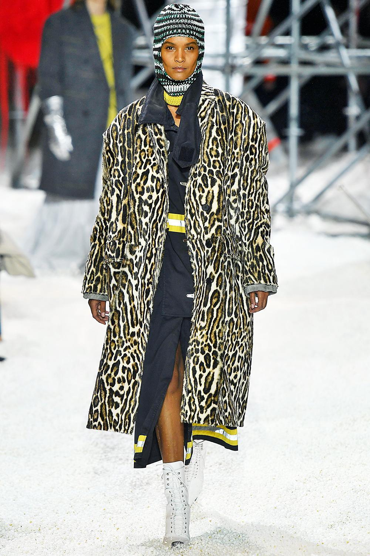 autumn-winter-2018-fashion-trends-262678-1532339603185-image.1200x0c.jpg (1000×1500)