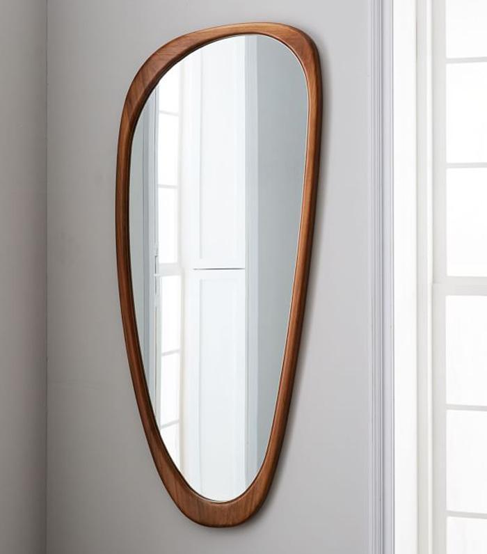 mid century modern mirror 14 Midcentury Modern Mirrors to Make Your Space Look Bigger  mid century modern mirror