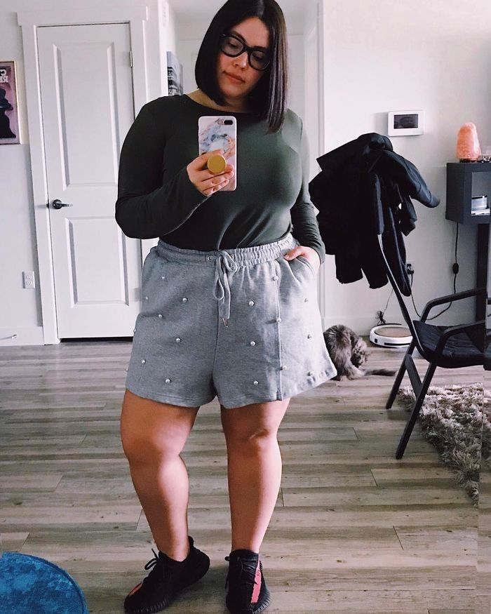 478f9b2f245 15 Actually Cute High-Waisted Shorts Outfits