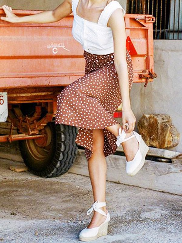 742770d16545 These Are the Best Shoes to Wear With a Midi Skirt