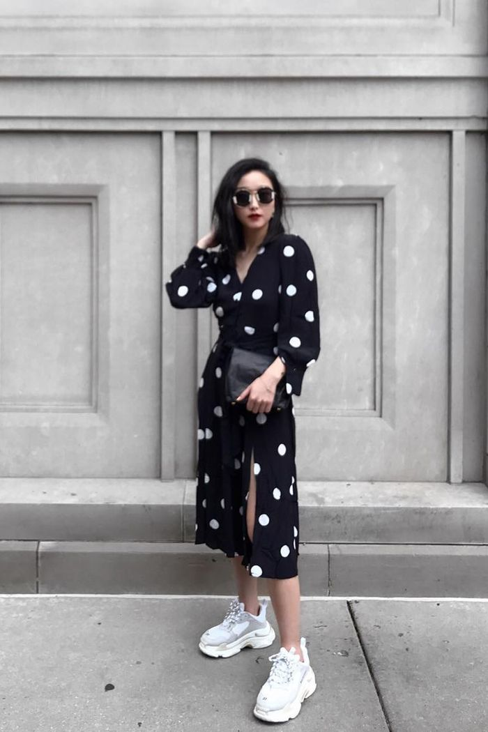 96 of the Chicest White Sneaker Outfits Ever | Who What Wear
