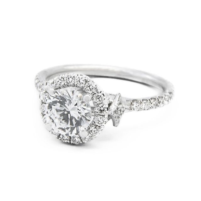 Jordan Alexander 18k White Gold and Diamond Halo Setting for Round Cut Solitaire