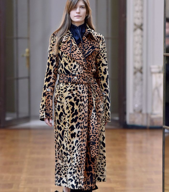 679654865187c The Key Coat Trends for 2018 | Who What Wear UK