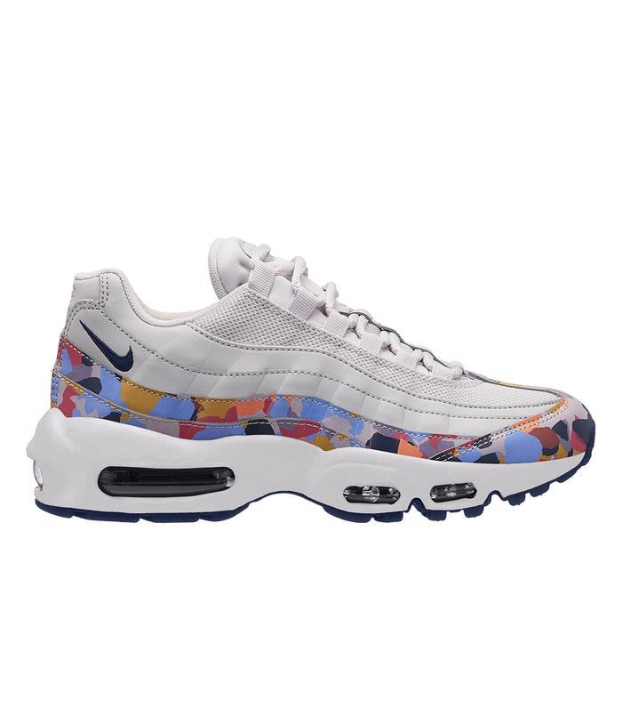 Nike Air Max 97 Ultra Röda sneakers, sneakers nike, söta skor  Red sneakers, Sneakers nike, Cute shoes