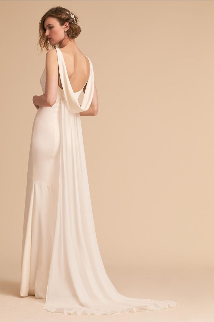 Tips and Tricks for Shopping for a Wedding Dress Train | Who What Wear