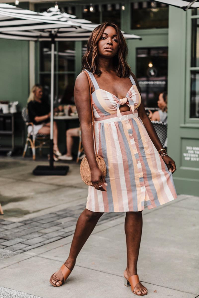 Brunch outfits for fall: striped sundres