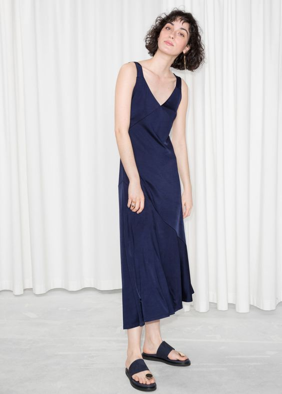 30 Pretty Navy Blue Bridesmaid Dresses | Who What Wear