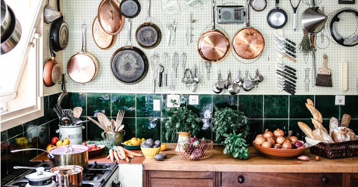 Inside julia child 39 s provence home and cooking school for Julia child cooking school