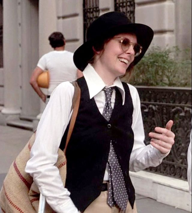 Annie Hall iconic Halloween costume