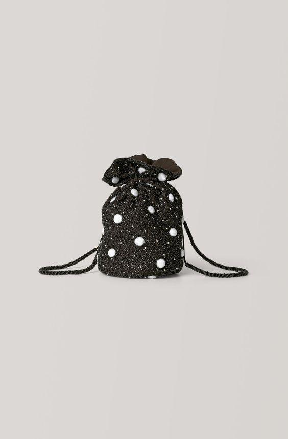 best wedding accessories: pouch purse