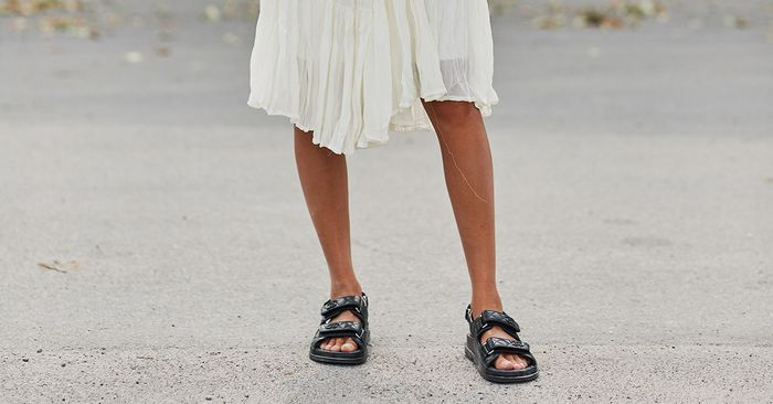 Chanel S New Sandals Resemble Orthopedic Shoes Who What Wear