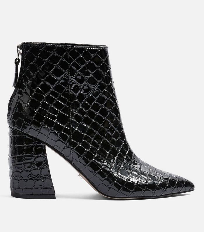 ankle-boot-trends-autumn-2018-266096-1540390155965-product.1200x0c.jpg (700×796)