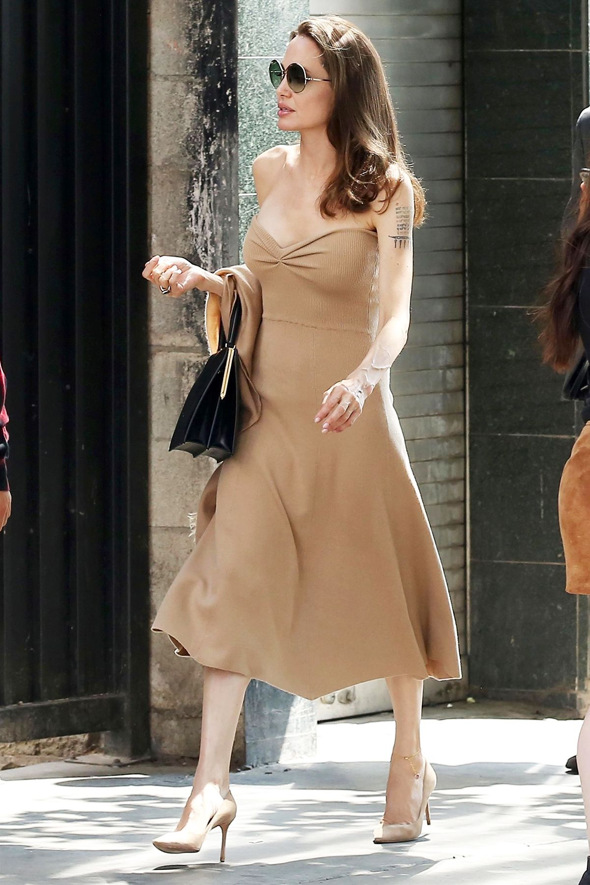 "Angelina Jolienaked angelina jolie's strapless ""naked"" dress-and-heels combo"