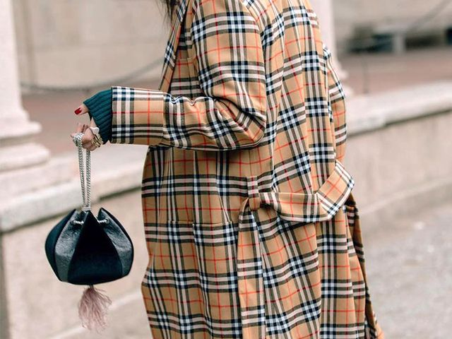 drawstring bags street style