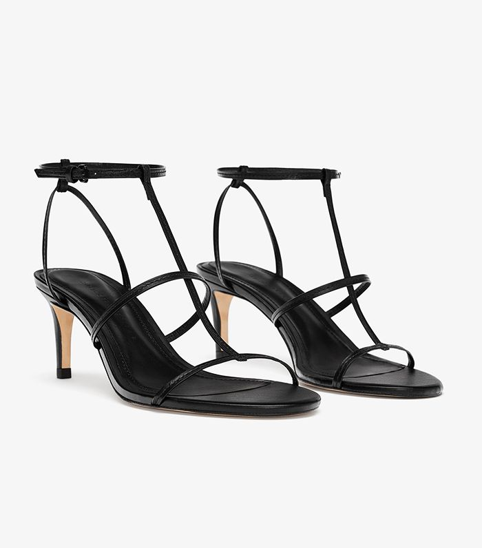 Zara S Black Strappy Sandals Are Trending Who What Wear Uk