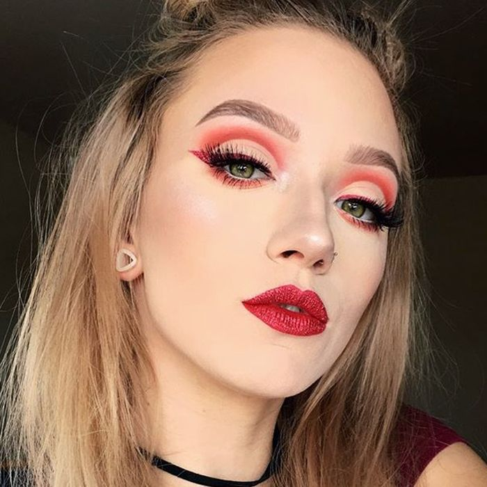 10 Easy Ways To Do Devil Makeup For Halloween 2018 Byrdie