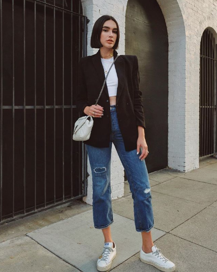 Simple Black Blazer Outfits for Fall
