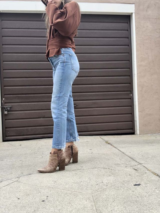 Outfit Ideas With Snakeskin Boots