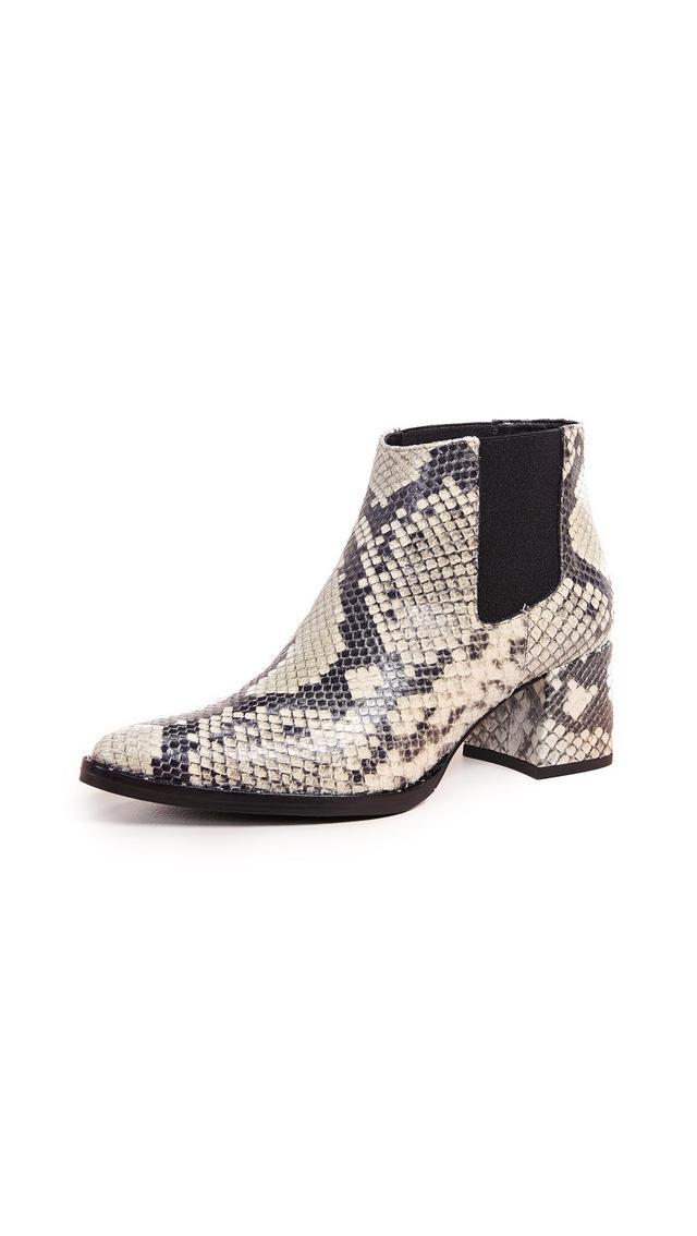 Virgo Mid Heel Chelsea Boots