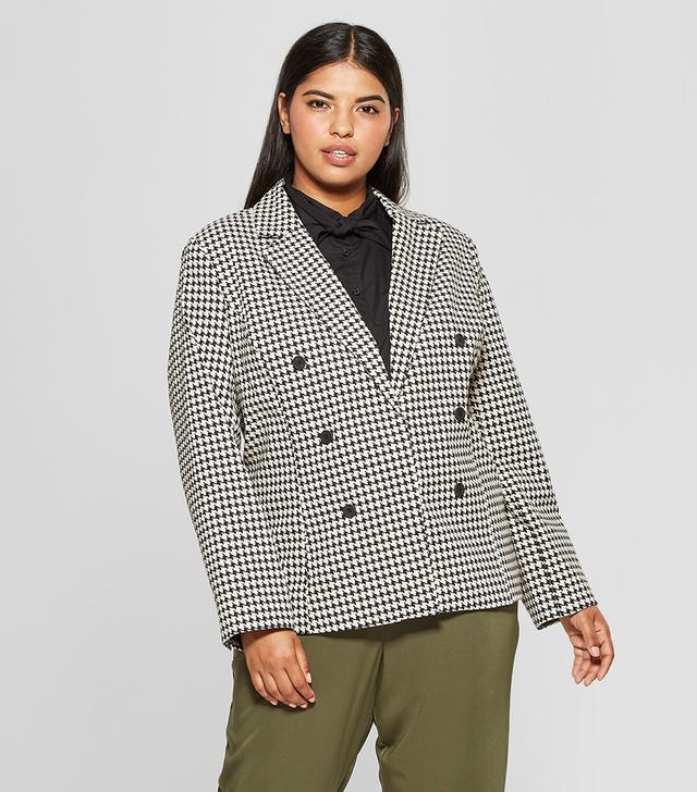 Plus Size Classic Blazer