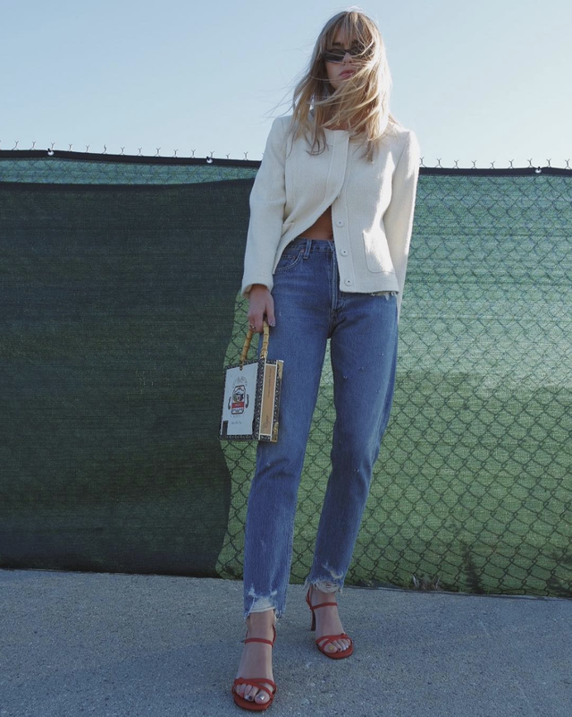 The Right Way to Measure Your Jean Size, According to an Expert