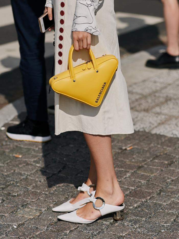 49b4aaa7849b Discount Designer Handbag Retailers Online