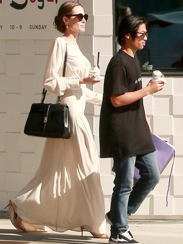 ab181951f56f Angelina Jolie and Lady Gaga Wear Hedi Slimane s Celine Bag