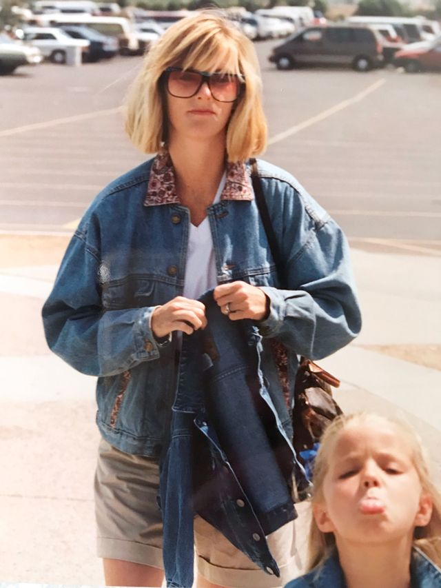 The best 80s fashion moments - oversized denim jacket outfits