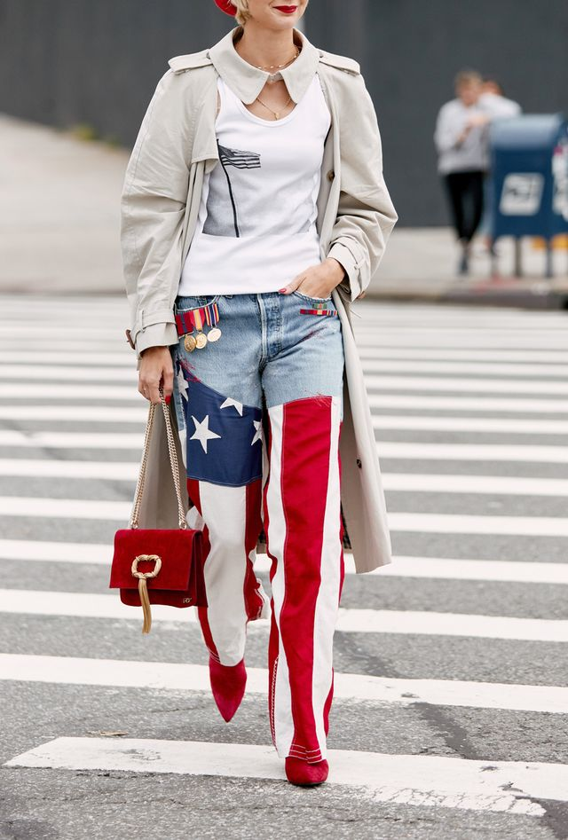 Street style outfits 2018: American flag jeans