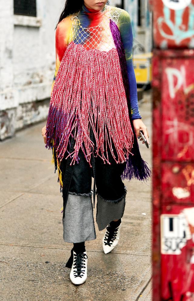 Street style outfits 2018: Calvin Klein dress