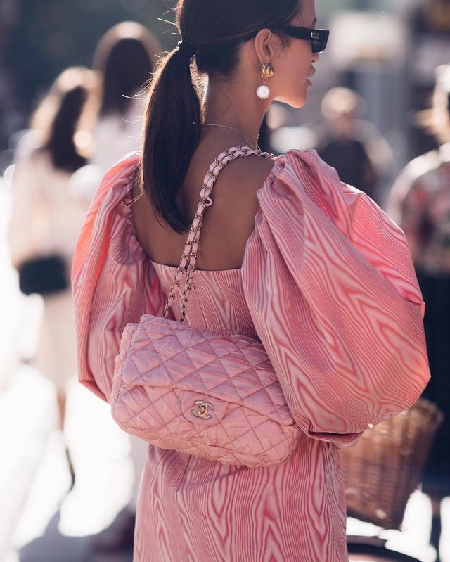 Milan street style: bubblegum pink