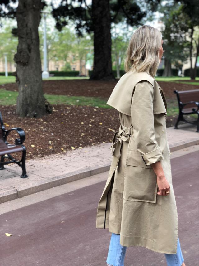 <p><em>Suzy wears Manning Cartell<a...
