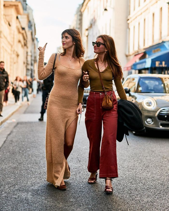 7 Outfits All the Cool Girls Are Wearing in Paris