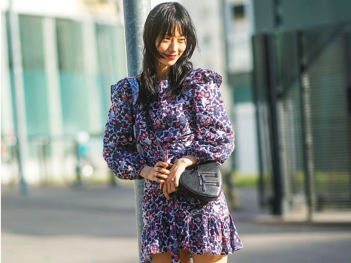 The It Girl–Approved Way to Wear Dresses With Sneakers