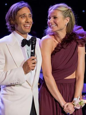Gwyneth Paltrow Finally Revealed Her Sheer Wedding Dress