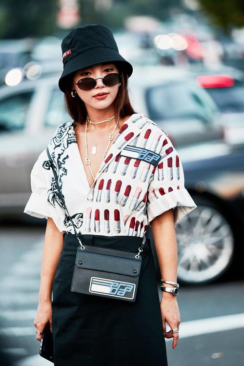 fashion-week-street-style-accessories-269118-1538490659798-image.500x0c.jpg (500×750)
