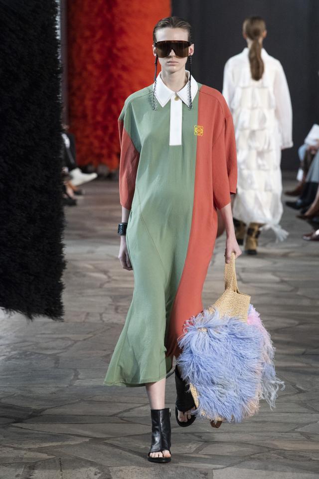 Loewe handbag trends