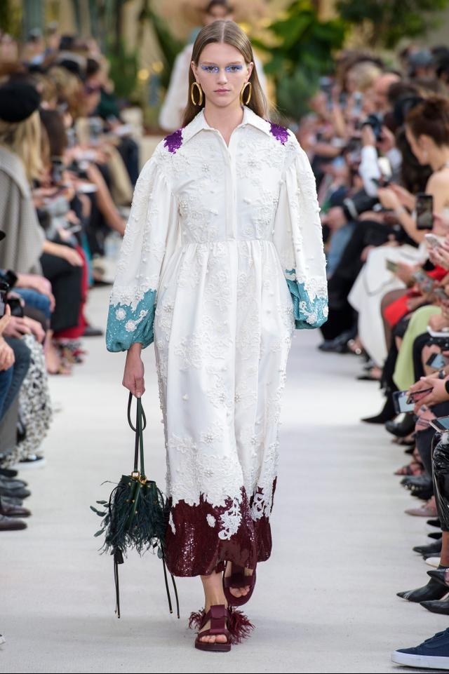 Valentino handbag trends