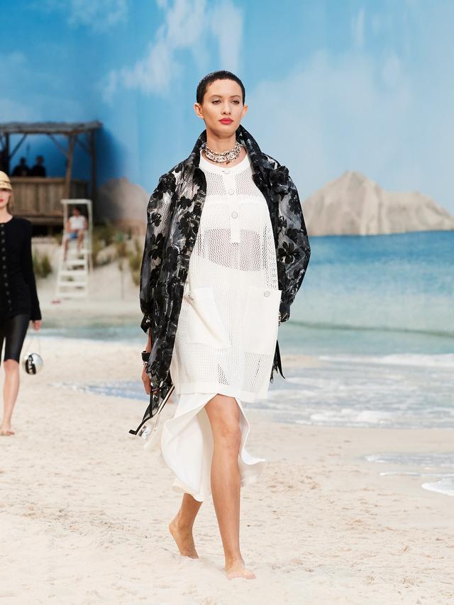 Chanel S/S 19 runway