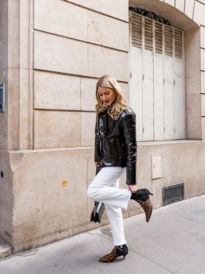 I Live in Paris, and French Girls Are Definitely Not Wearing These New Trends