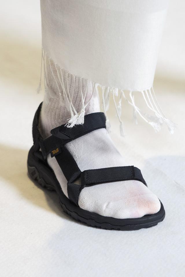 Spring 2019 shoe trends: Collina Strada S/S 19