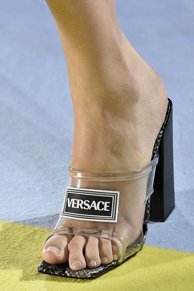 Spring 2019 shoe trends: Versace S/S 19