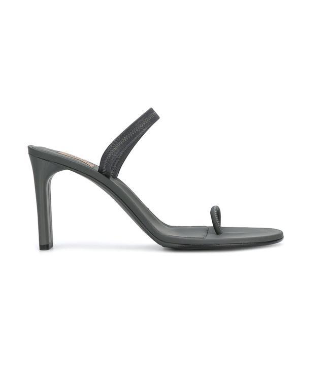 overlocked toe strap sandals