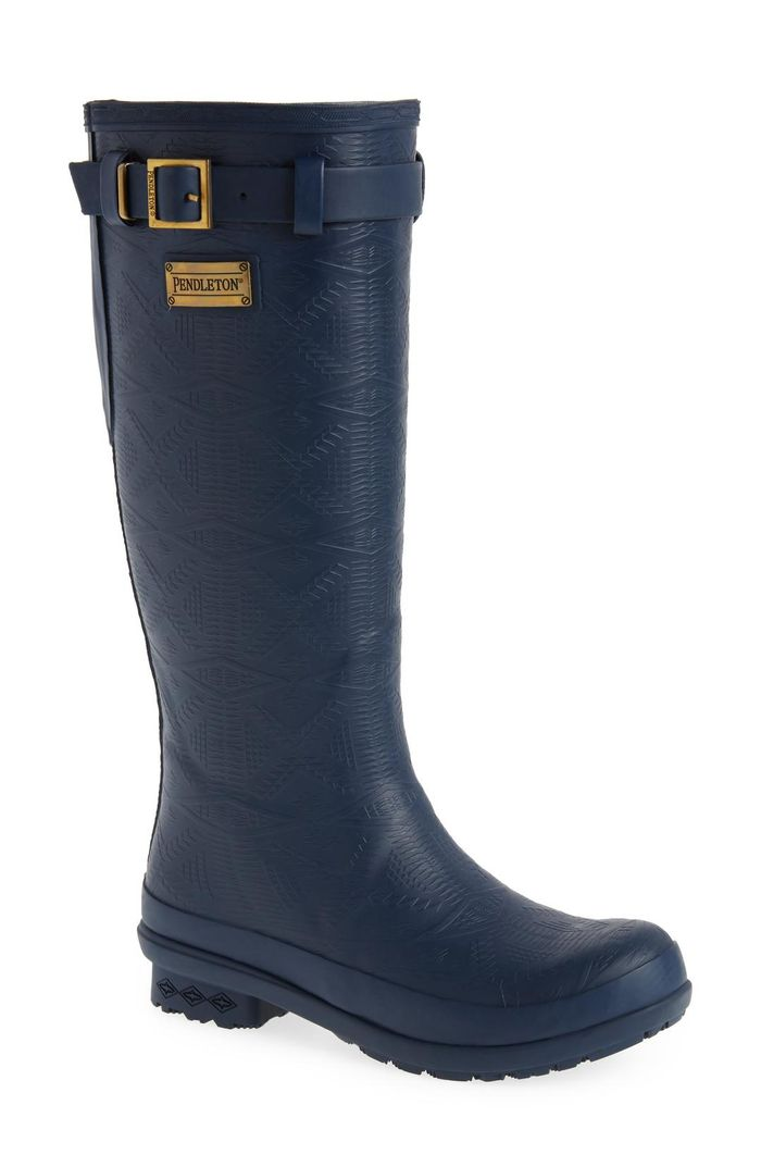 25 Pairs Of Rain Boots For Wide Calves  Who What Wear